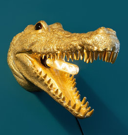 Crocodile wall light