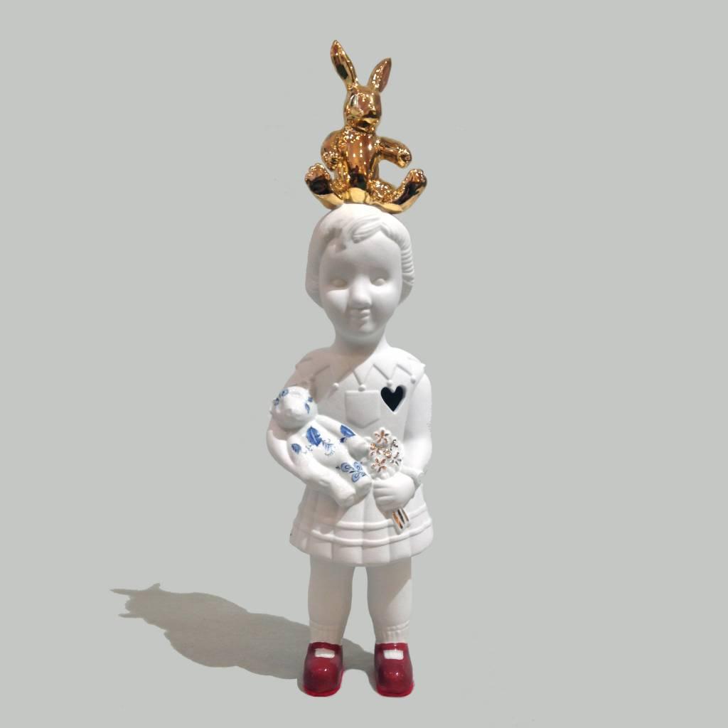Pop met goud konijn van Lammers en Lammers
