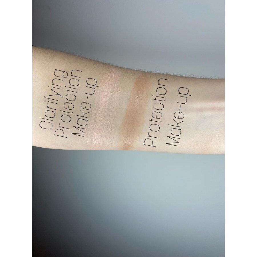 Clarifying Make-Up SPF 50-3