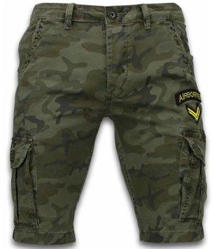 Enos Pantalones Cortos - Ejercito Cosido Pantalones Corto Slim Fit - verde oscuro
