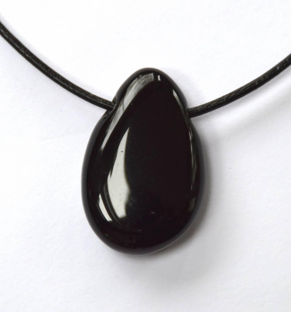 gebohrter Trommelstein aus schwarzem Obsidian