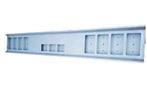 VTS Bumper 8x vierkante gaten staal, 3x vierkante gaten in het midden