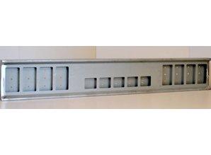 VTS Bumper 8x vierkante gaten staal, 5x vierkante gaten in het midden