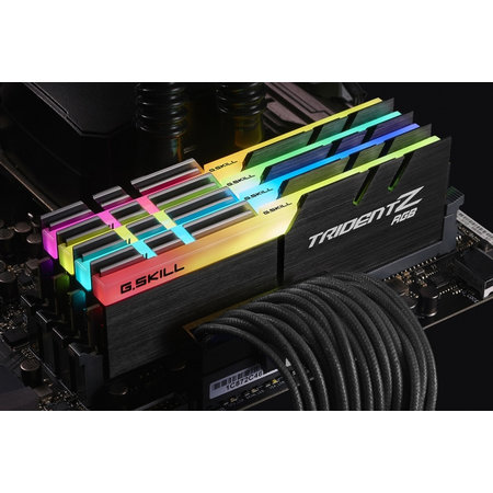 G.Skill G.Skill Trident Z RGB (For AMD) F4-3200C16Q-32GTZRX geheugenmodule 32 GB 4 x 8 GB DDR4 3200 MHz