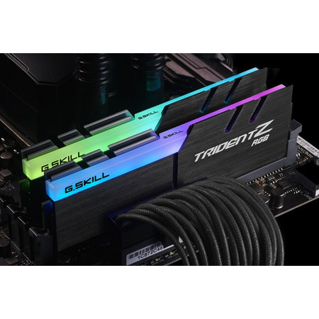 G.Skill G.Skill Trident Z RGB F4-3200C14D-16GTZR geheugenmodule 16 GB 2 x 8 GB DDR4 3200 MHz