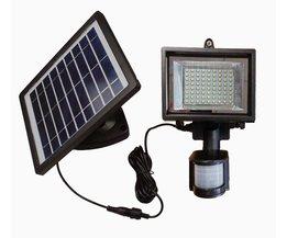 LED Buitenlamp met Sensor op Zonne-Energie