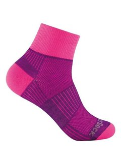 Wrightsock Wrightsock Coolmesh II Quarter Sports Sock Pink