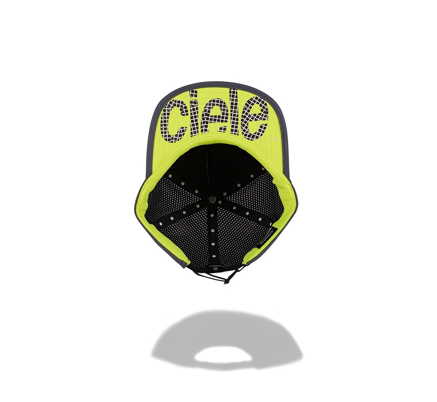 Ciele Athletics TRLCap Laser Night Right Chaser