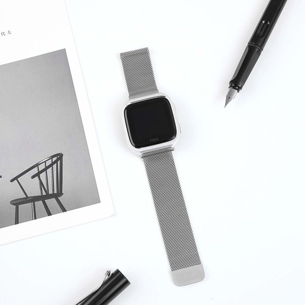 123Watches.nl Fitbit versa milanese case band - silver