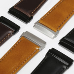 123Watches Fitbit Versa 3 / Sense genuine leather band - light brown