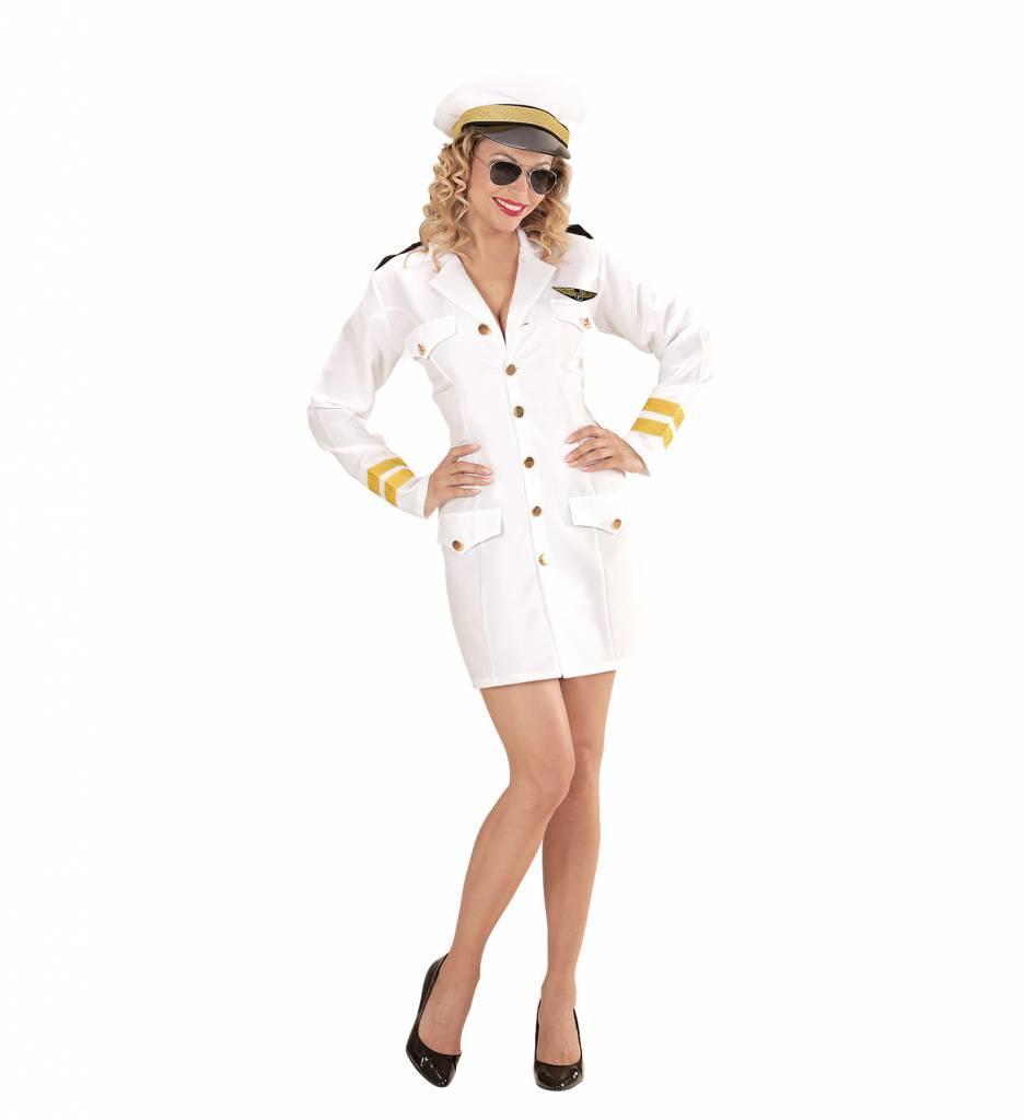 Vrouwelijke Marine Kapitein