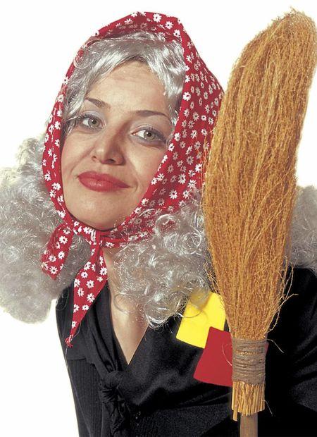 Omapruik met hoofddoek