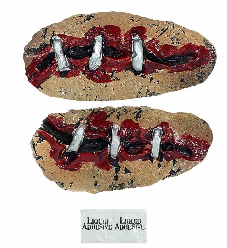 Latex Prothese Met Nietjes
