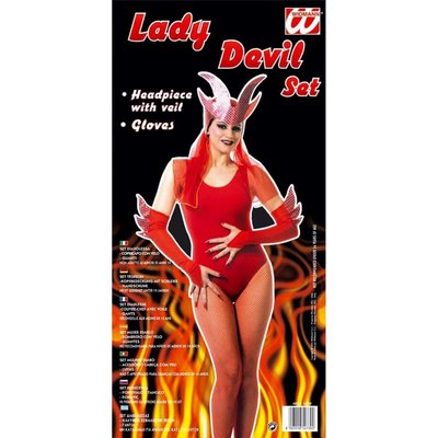 "Set ""Lady Devil"""