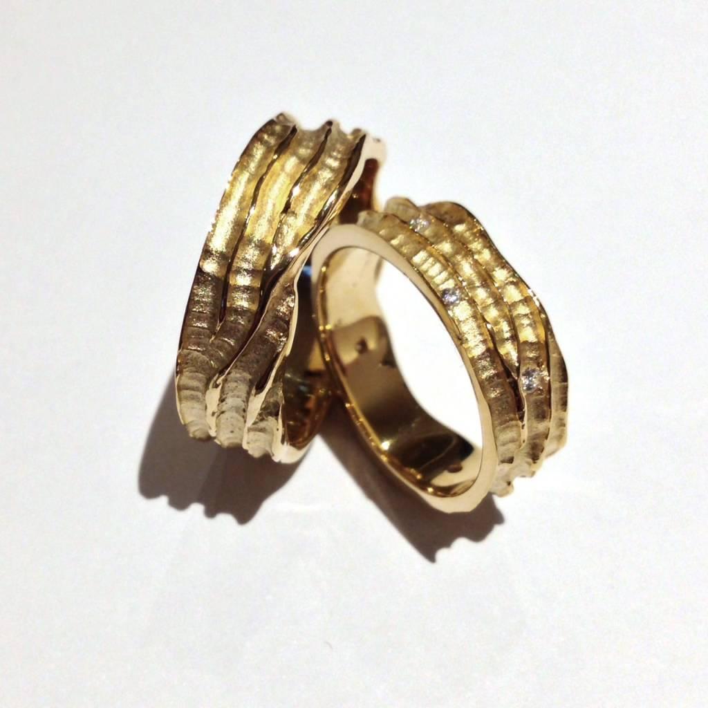 Edeldesign Geelgouden trouwringen 195