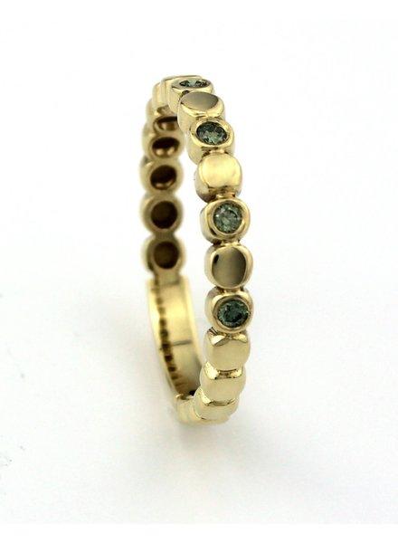 Bregje de Goudsmid Gouden ring met groene diamant 0.15 ct. maat 60