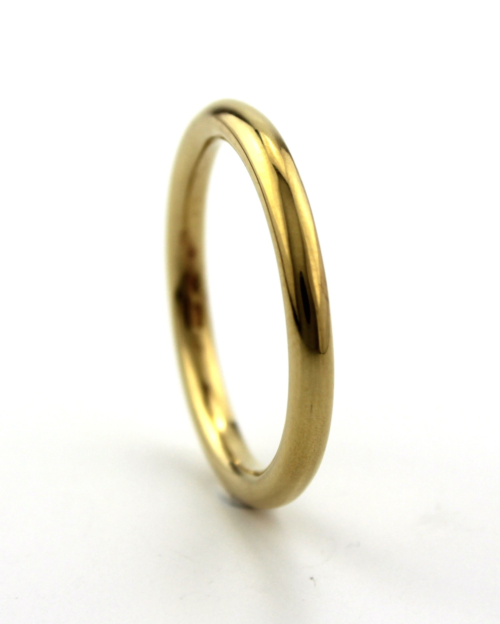 Dji Dji, Zilveren ring, Rond Geel.