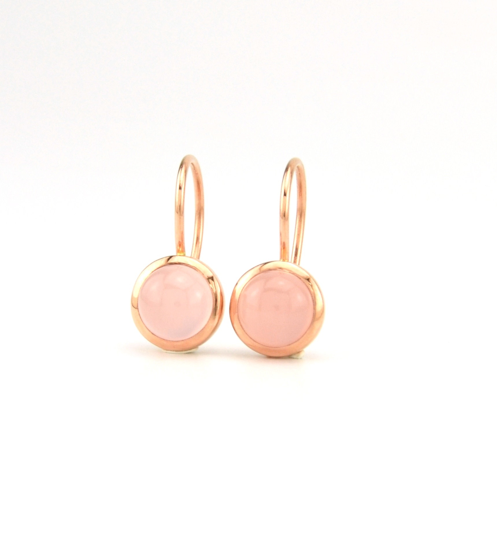 ROEMER by Bregje ROEMER by Bregje roségouden oorhangers met roze Chalcedoon