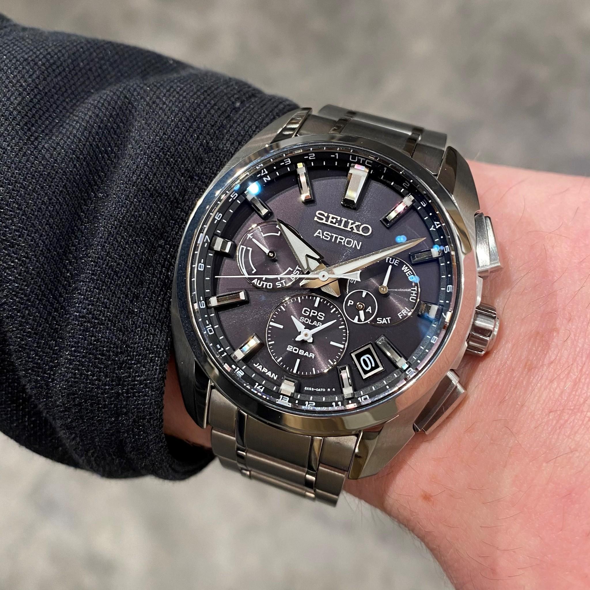 Seiko Seiko Astron horloge GPS Solar Dual Time Titanium SSH067J1
