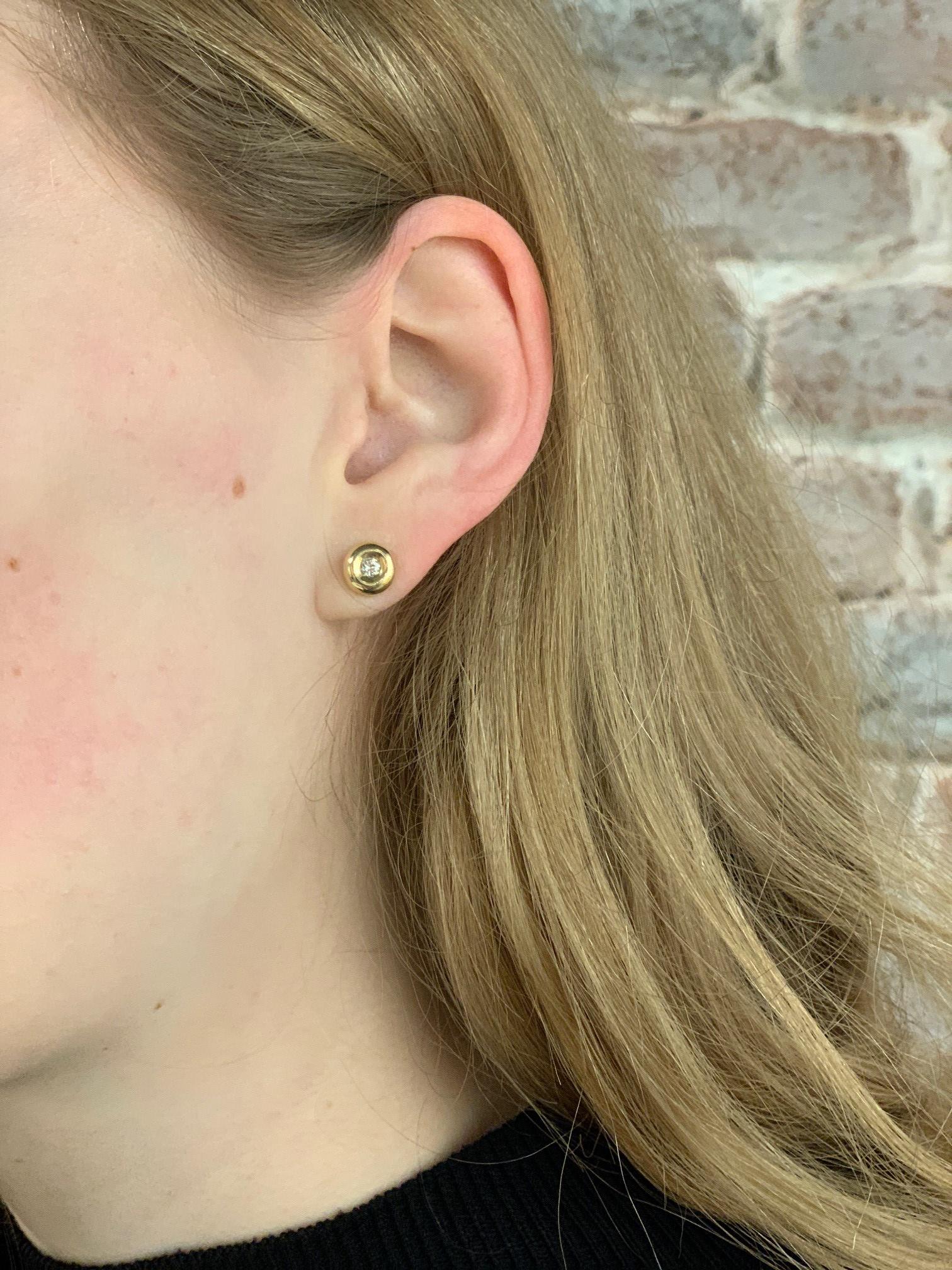 ROEMER ROEMER geelgouden oorstekers met diamant