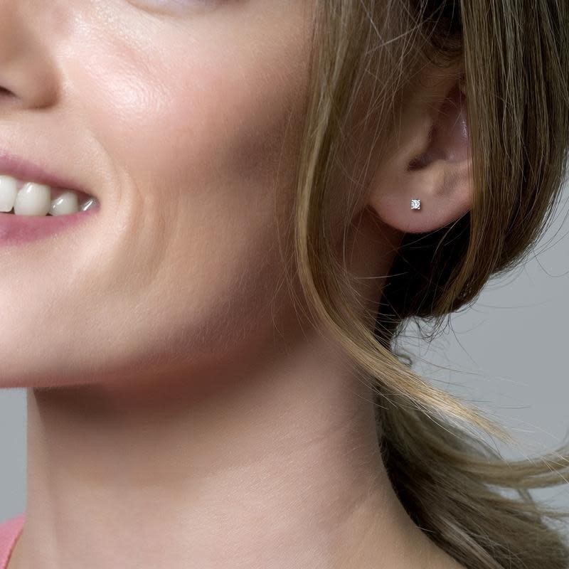 Blush 7138WZI Witgouden oorstekers zirconia