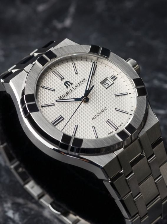 Maurice Lacroix Maurice Lacroix Horloge Aikon AI6008-SS002-130-1