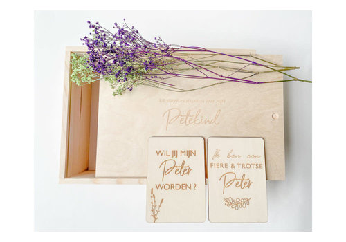 Minimou Minimou Memory Box - De Verwonderjaren Van Mijn Petekind - NL - Enveloppe & 2 Milestone Cards