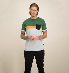 Kultivate Kultivate Black Pocket Tee Light Grey