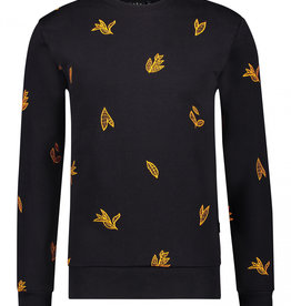 Kultivate Kultivate Winter Leaf Sweat Black