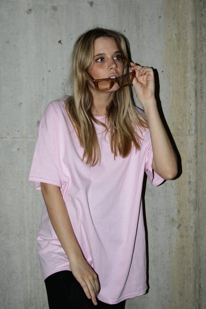 HNR LDN Honour Londen Cherub Oversized Tee Light Pink