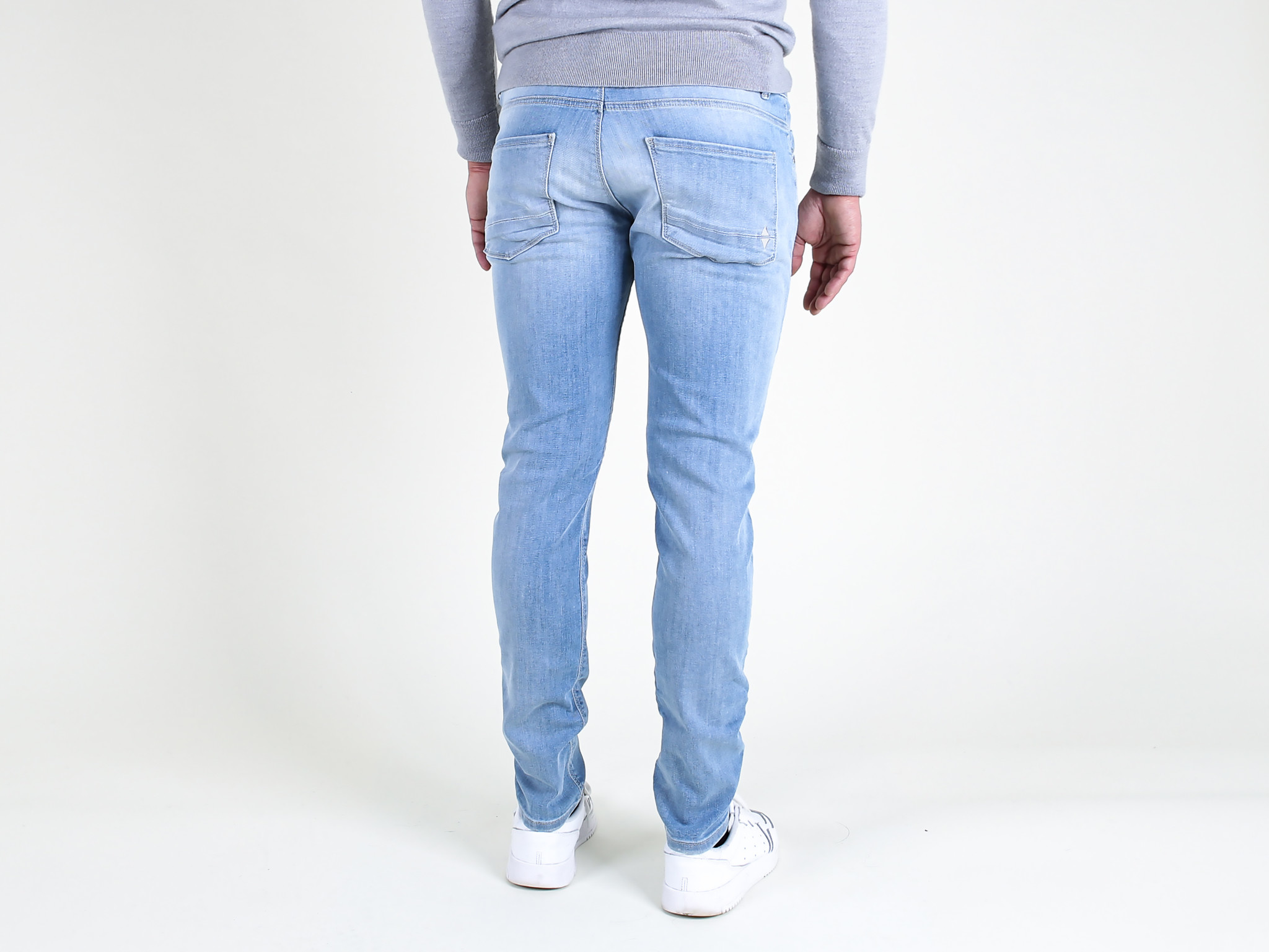 Fifty Four Fifty Four Clops J360-FA56 Skinny Jeans Medium Blue Washed