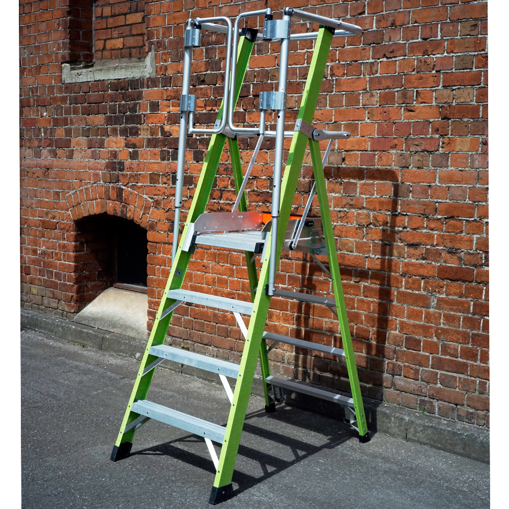 Little Giant Little Giant Safety Cage Podestleiter GFK 4 Stufen