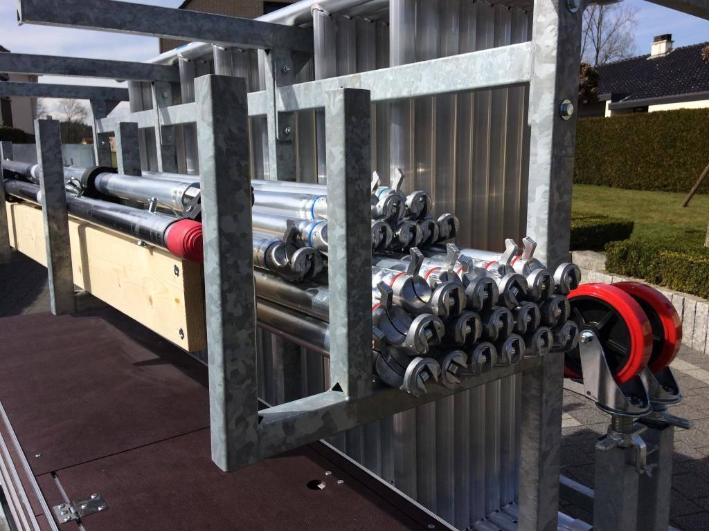 Rollgerüst 1,35 x 3,05 x 14 m mit Anhänger