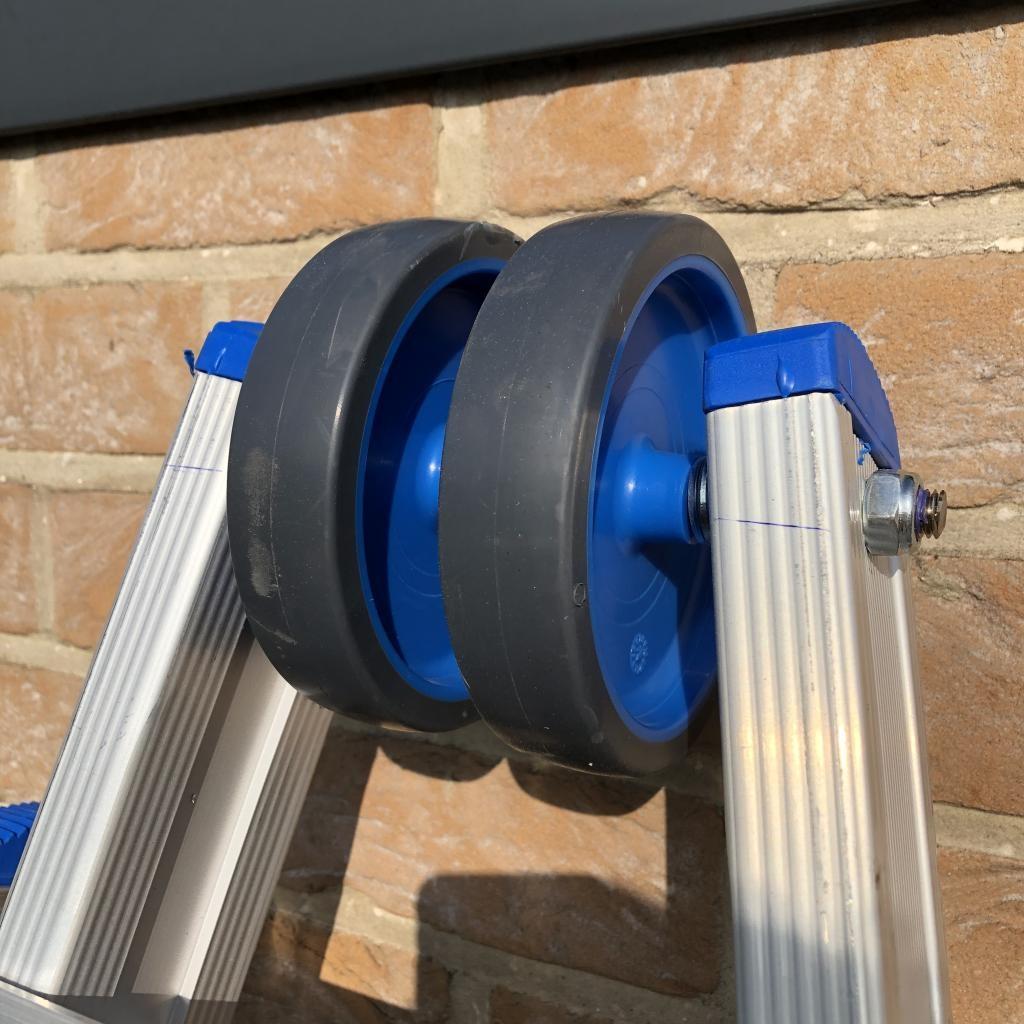 Solide Solide Glasreinigerleiter 3x12 Sprossen