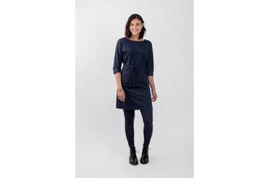 Sjiek jurkje met ceintuur nachtblauw