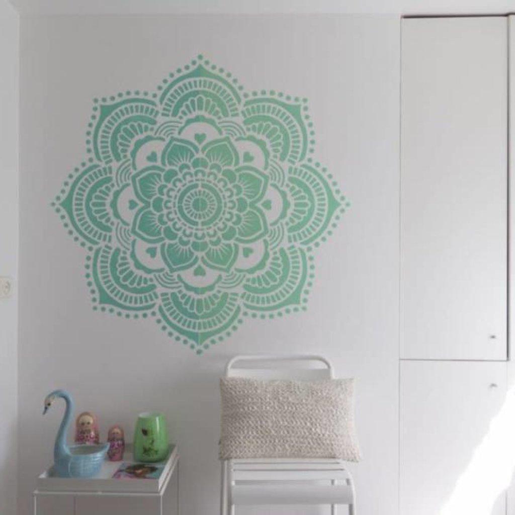 Mandala Stencils Yoga mandala sjabloon 116 x 116 cm