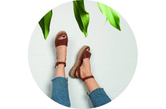 Sneakers en sandalen