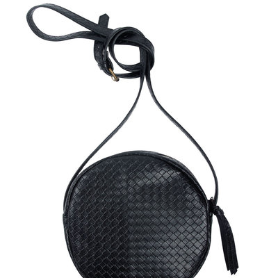 Zusss Kekke ronde tas zwart gewafeld