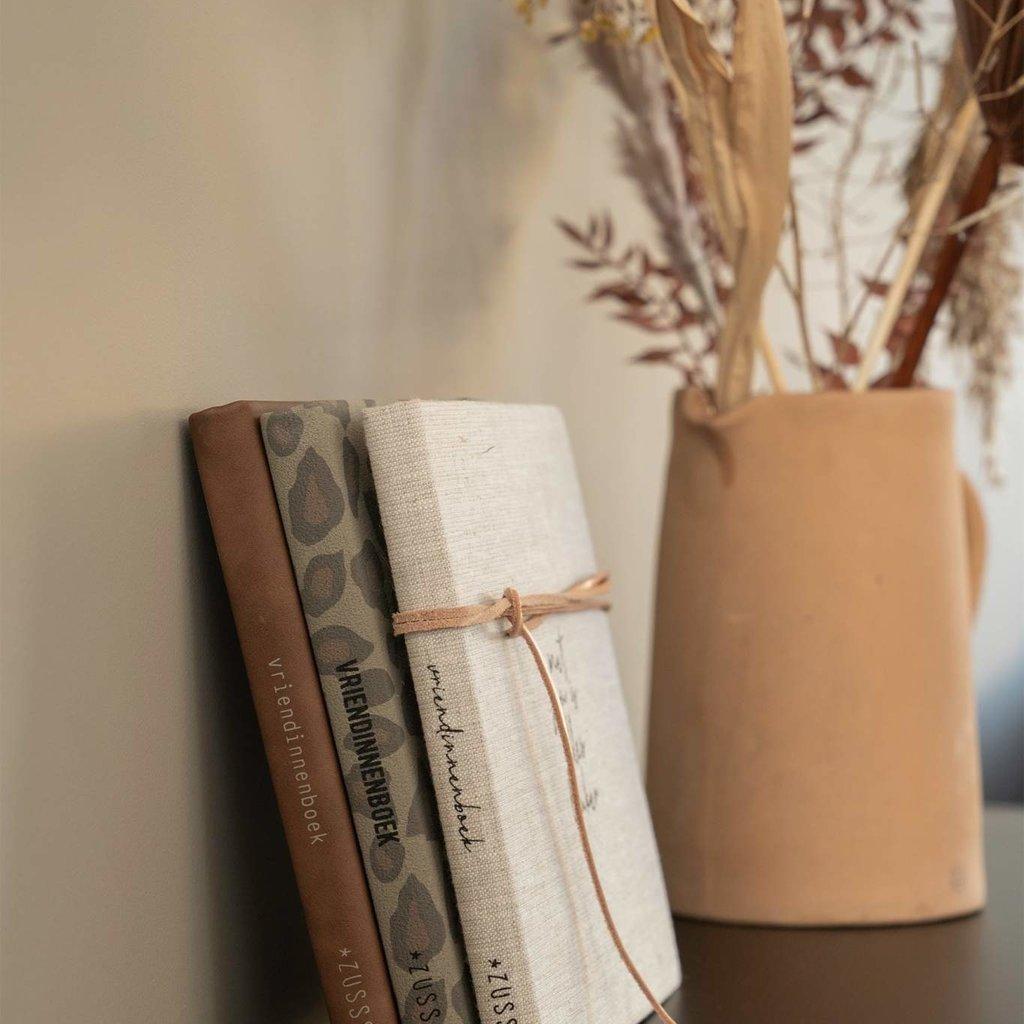 Zusss Vriendinnenboekje Met jou linnen