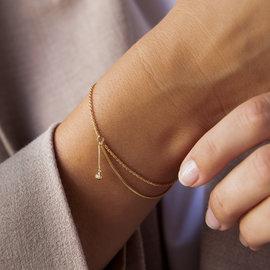 Violet Hamden Goldfarbenes Sisterhood Armband aus 925 Sterlingsilber mit Charm-Anhänger