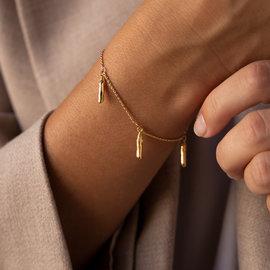Violet Hamden Goldfarbenes Sisterhood Armband aus 925 Sterlingsilber mit Charm-Anhängern
