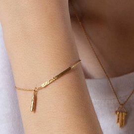 Violet Hamden Sisterhood Phoebe bracelet petite lune en argent sterling 925 de couleur or