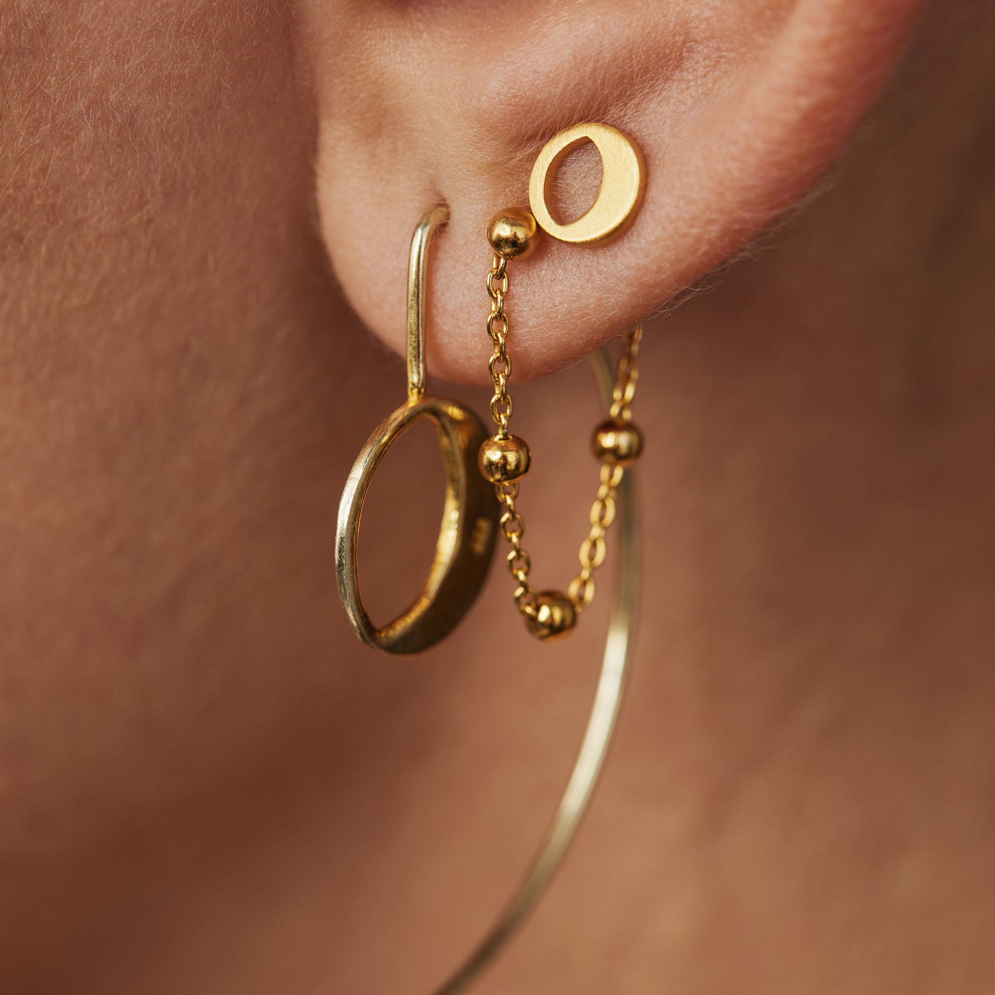 Violet Hamden Luna orecchini pendenti color oro in argento sterling 925