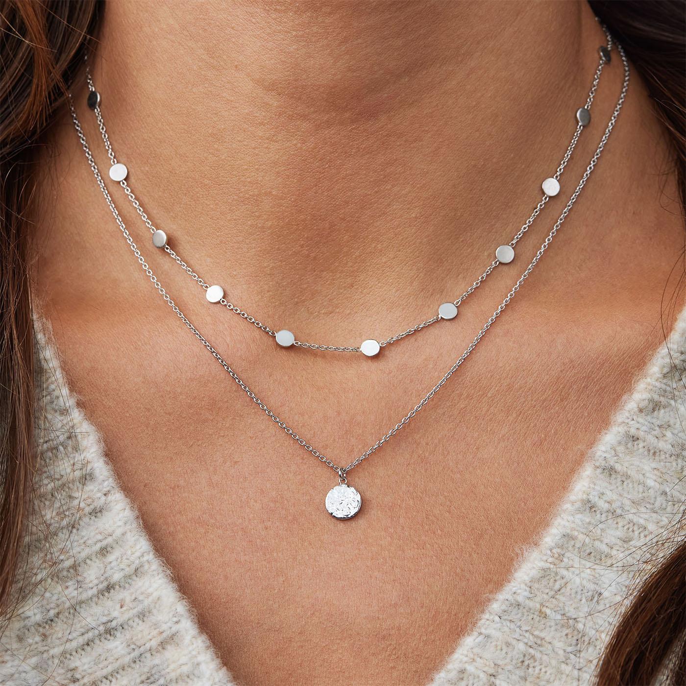 Violet Hamden Luna 925 Sterling Silver Full Moon Hammered Halsband