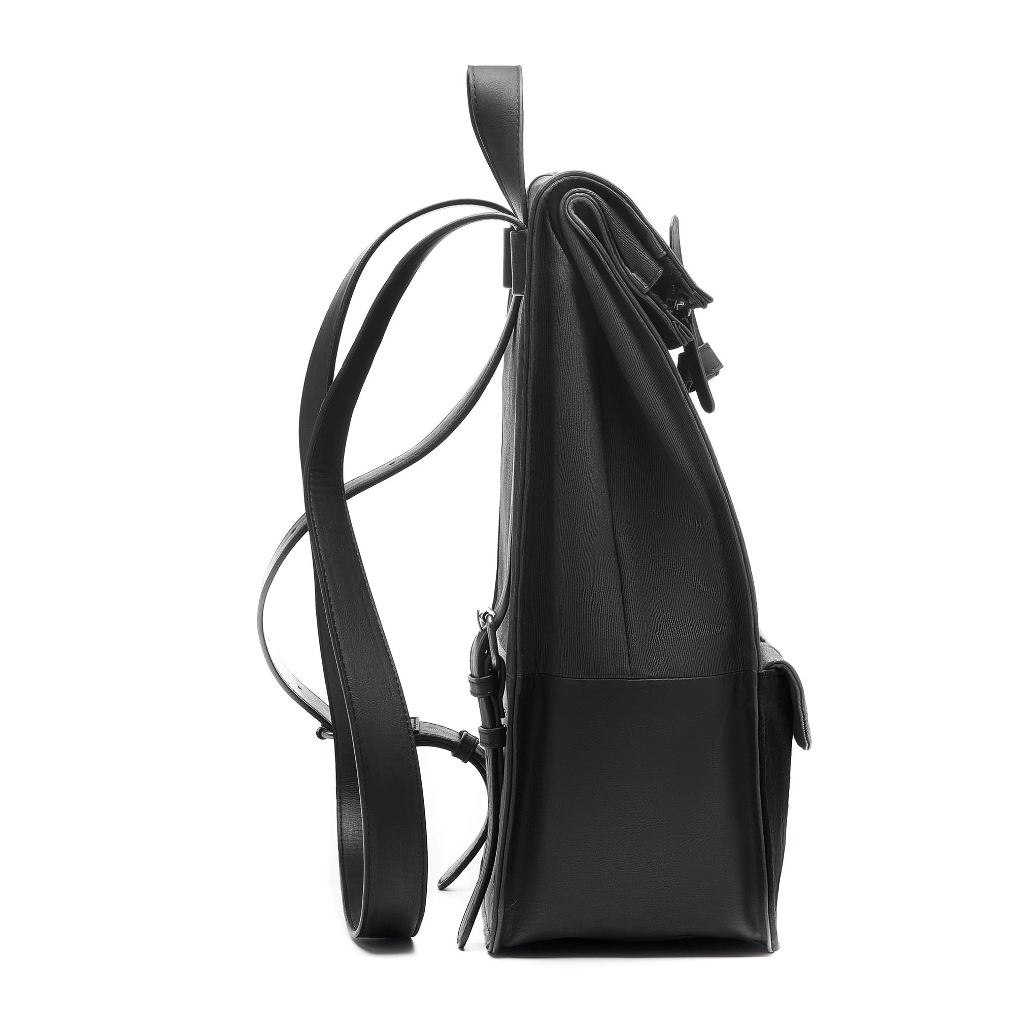 Violet Hamden Essential Bag black backpack