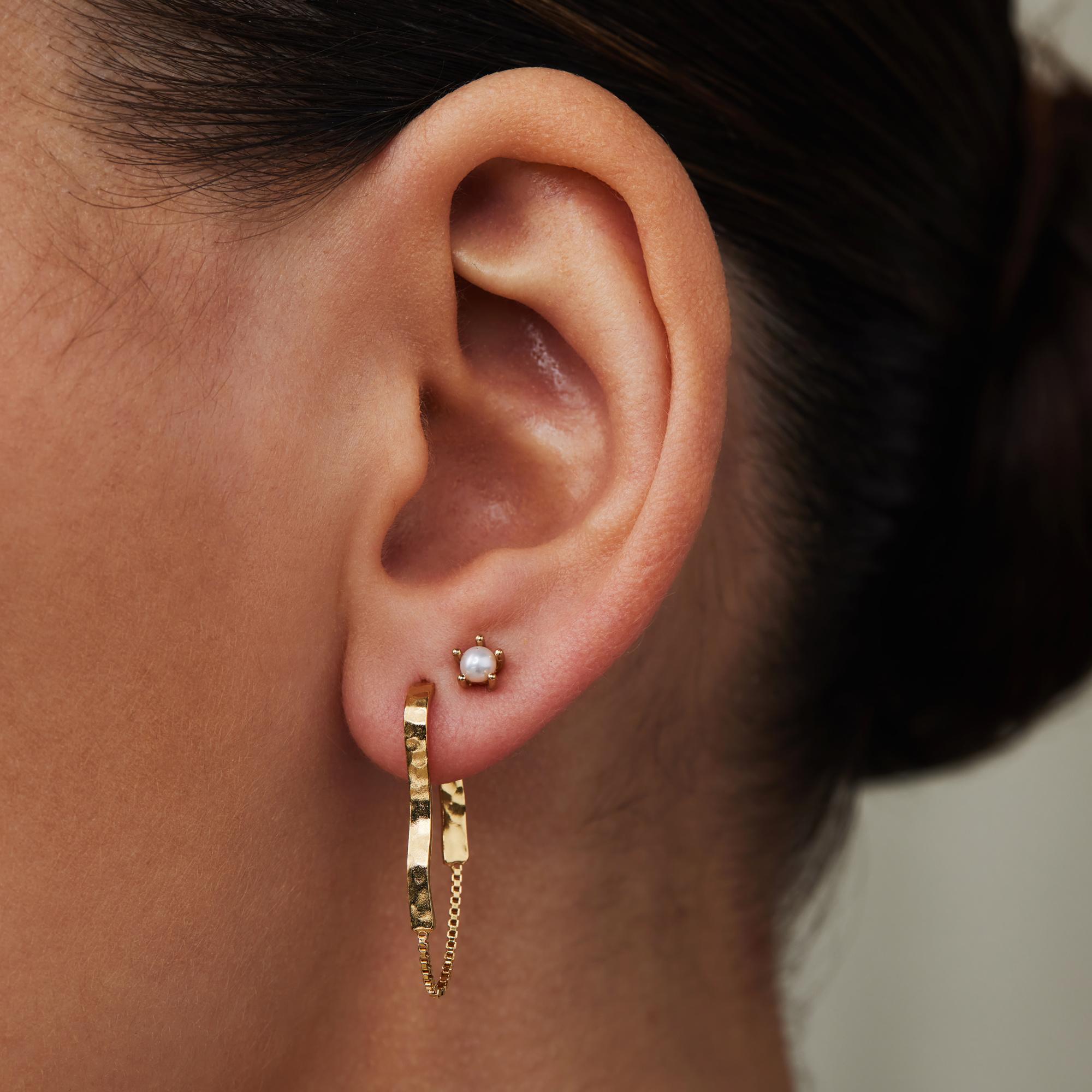 Violet Hamden Sisterhood Moonscape 925 sterling sølv guldfarvet øreringe