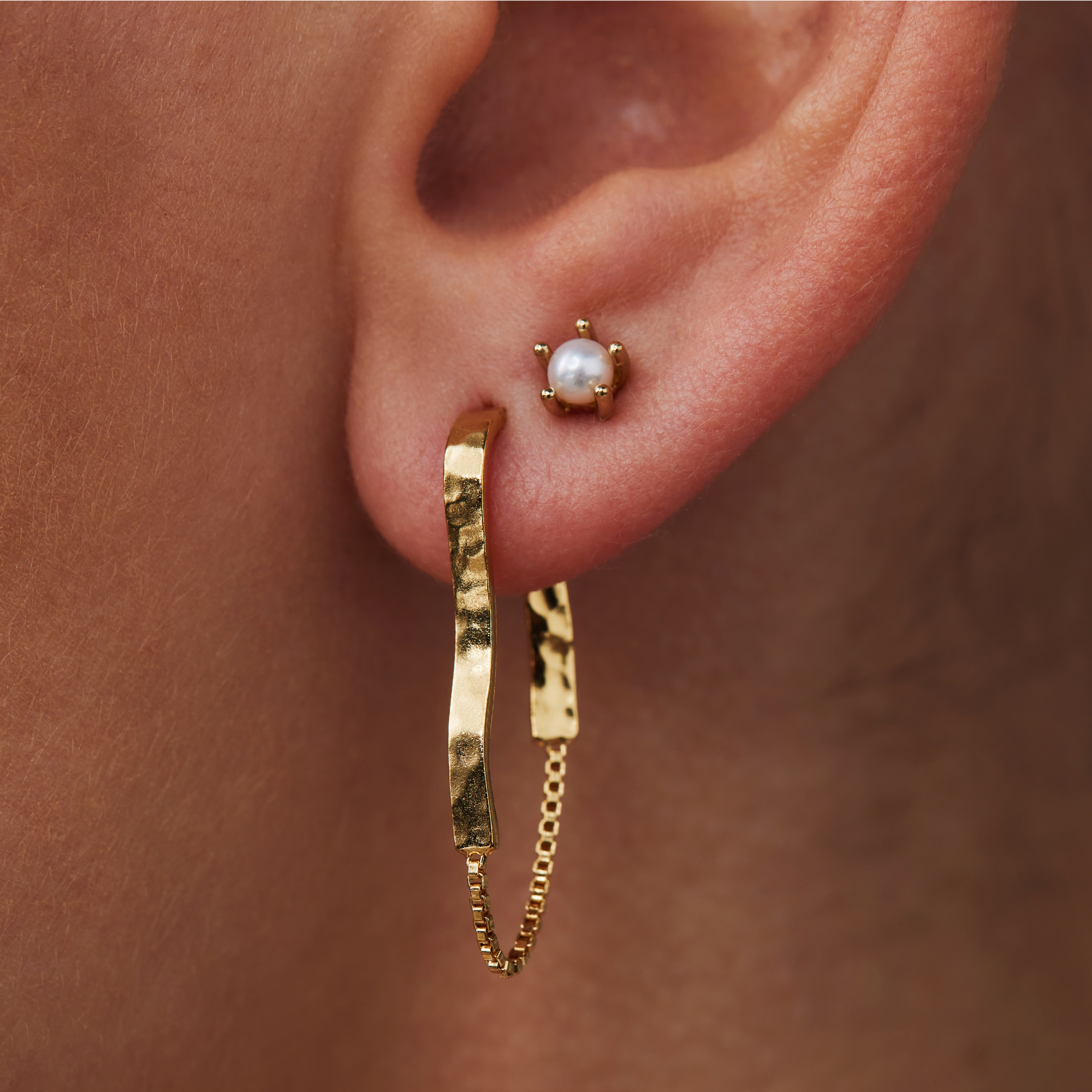 Violet Hamden Luminous Lake 925 sterling silver gold colored ear studs with freshwater pearls