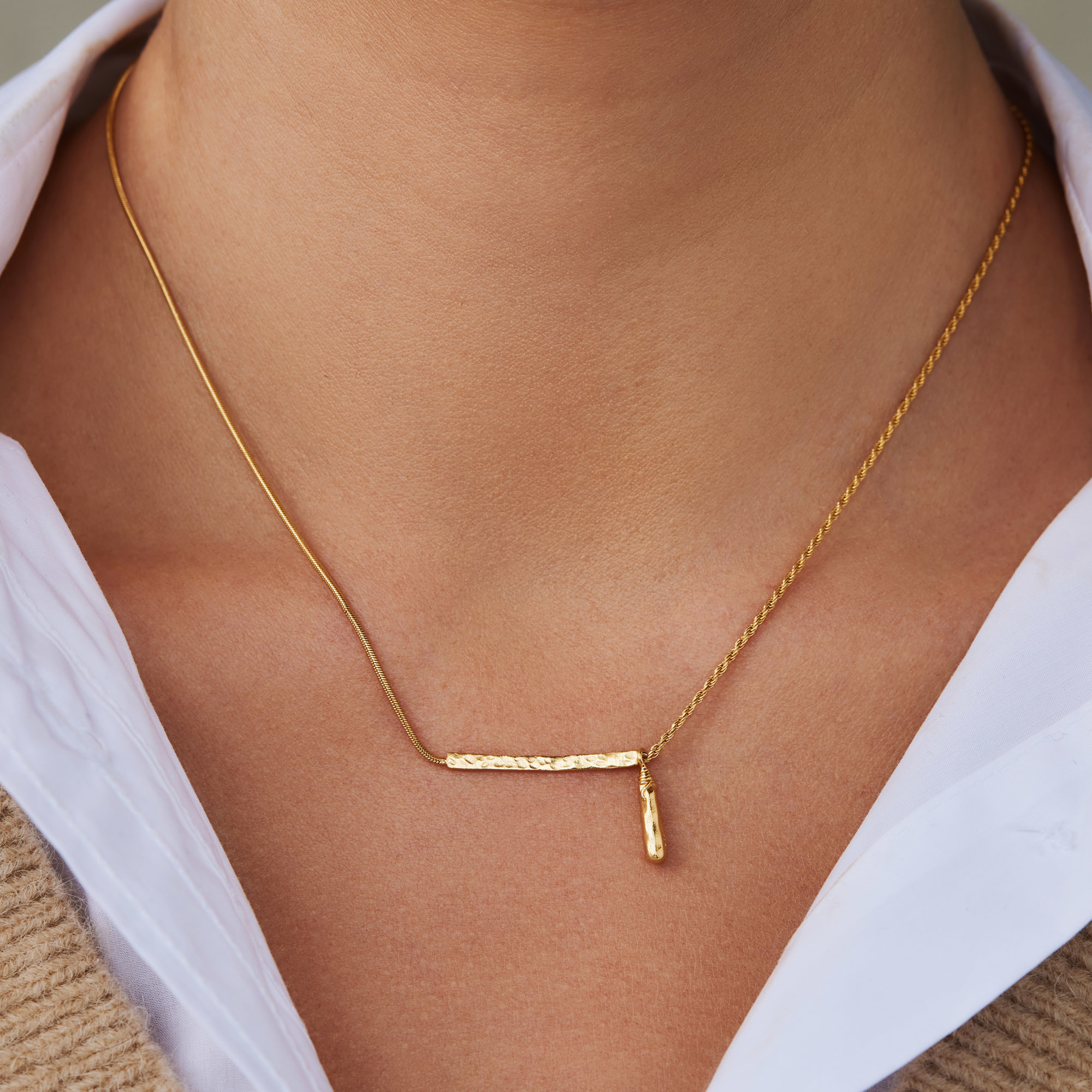 Violet Hamden Sisterhood Phoebe 925 sterling silver gold colored necklace with rods