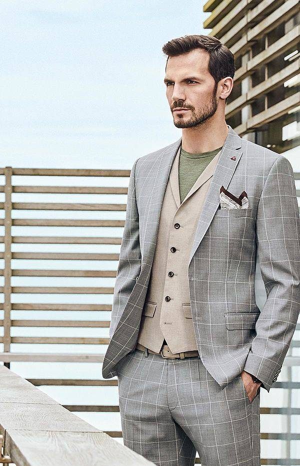Roy Robson Pure Wool Massotto light grey check suit