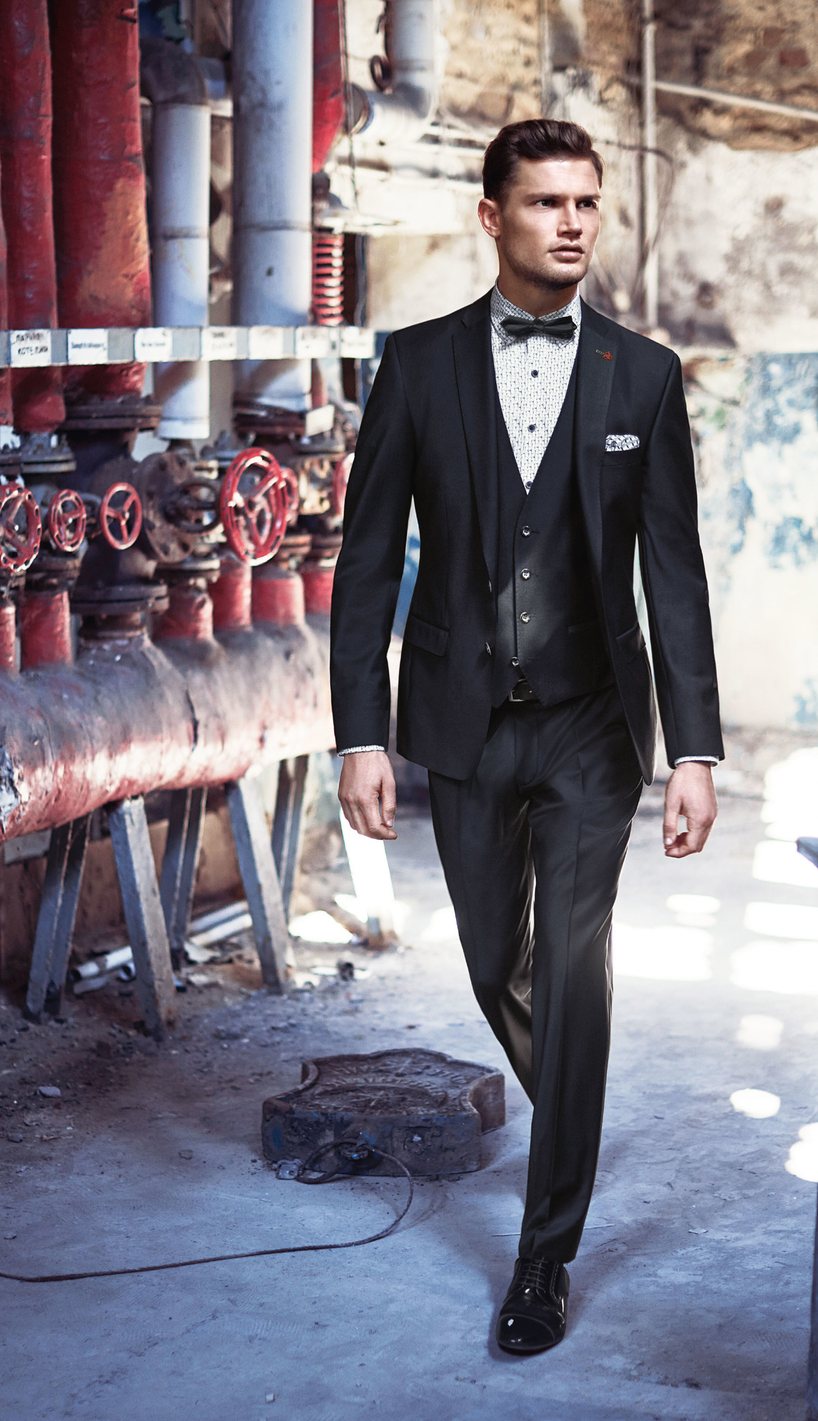Roy Robson Slim Fit Evening Suit - Peak Lapel
